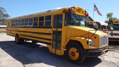 Stock #2568 2005 Freightliner Thomas MD3060 Allison Automatic Air Brakes 13 rows Wheel Chair Clean Used School Bus For Sale Near Me @ BGA School Buses, Inc. Hudson, FL
